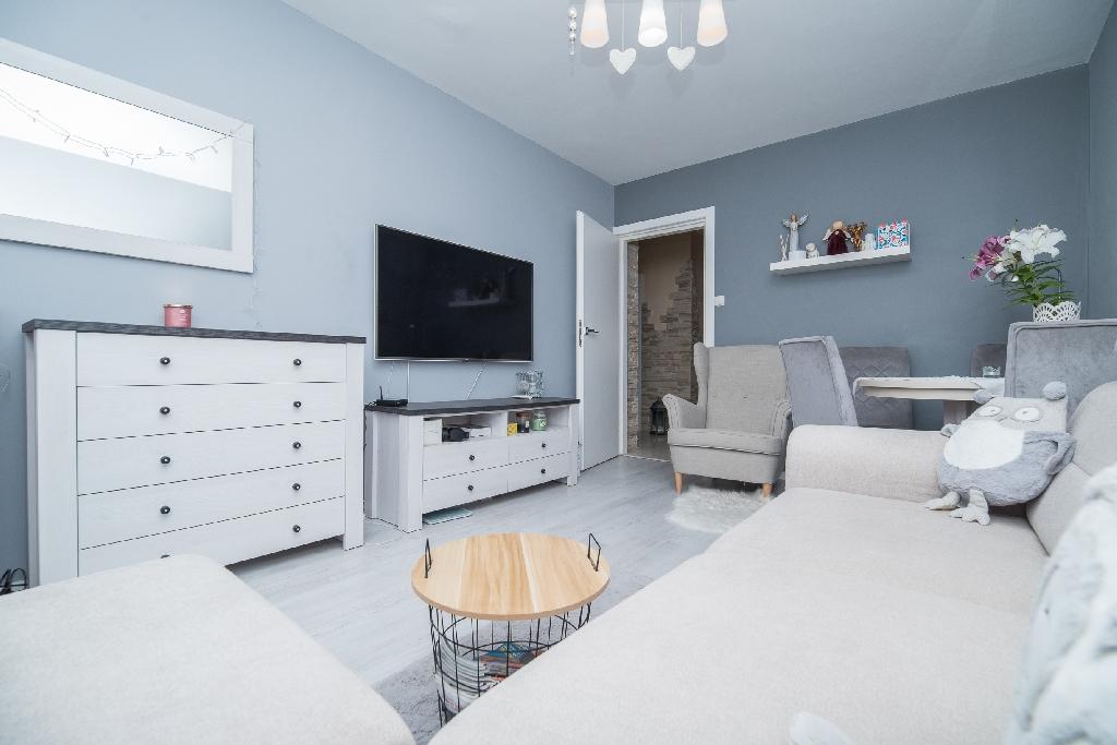 nowoczesne mieszkanie**os. Strzemięcin**II piętro