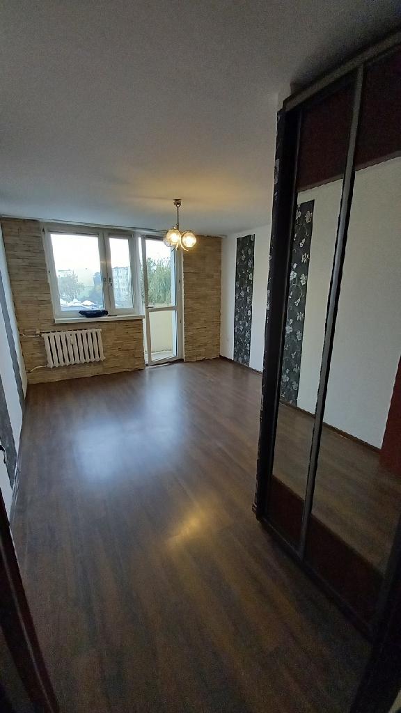 Wynajmę mieszkanie -3 pokoje