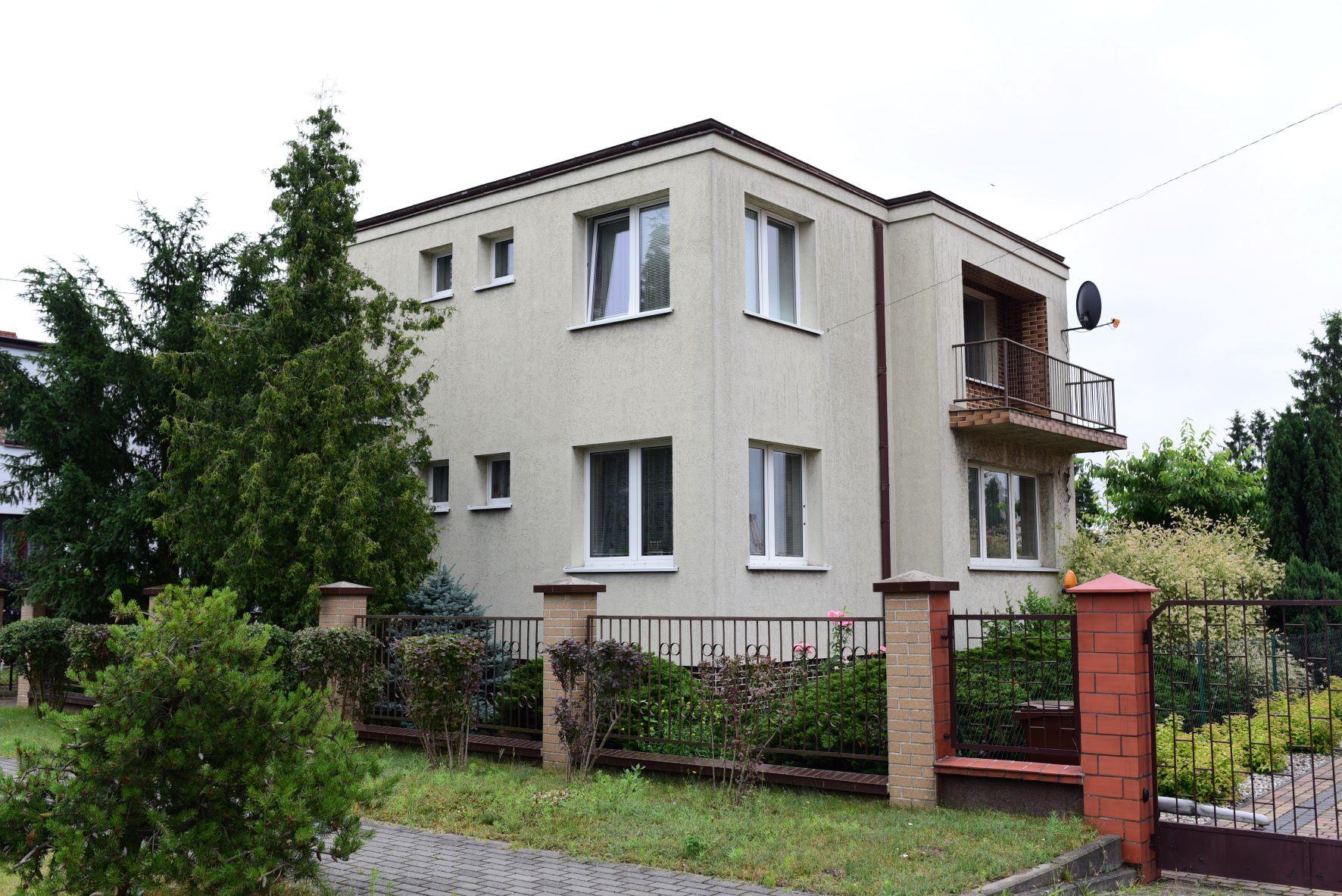 REZERWACJA Dom wraz z budynkiem gospodarczym w Świeciu