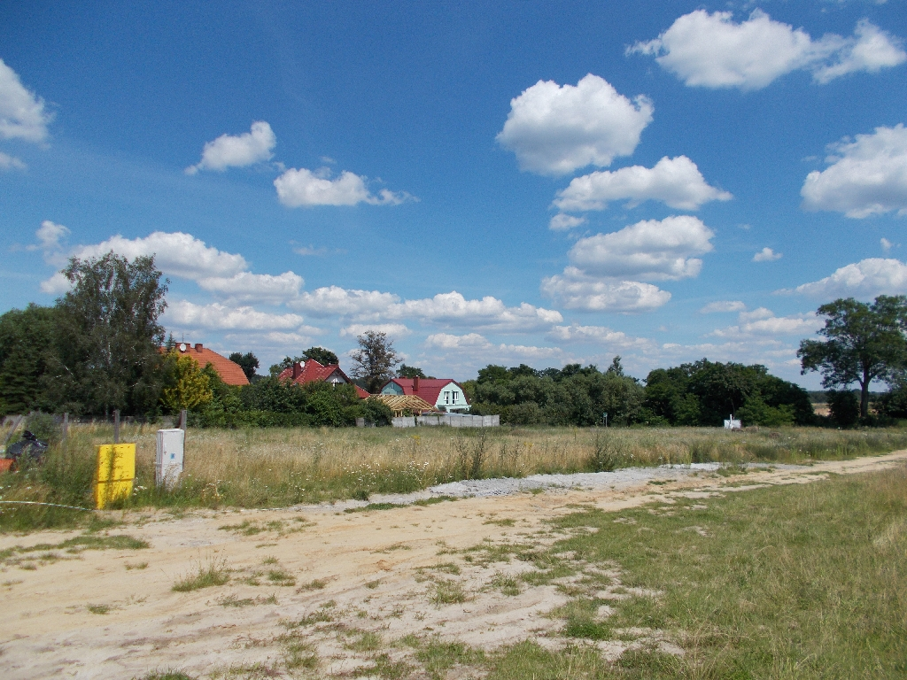 Atrakcyjna działka niedaleko Bydgoszczy z pełnym uzbrojeniem