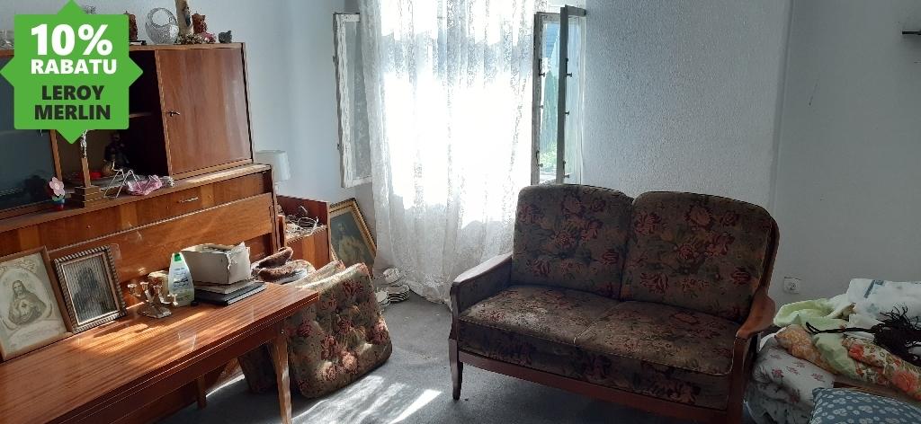 Mieszkanie z działką 300 m2.