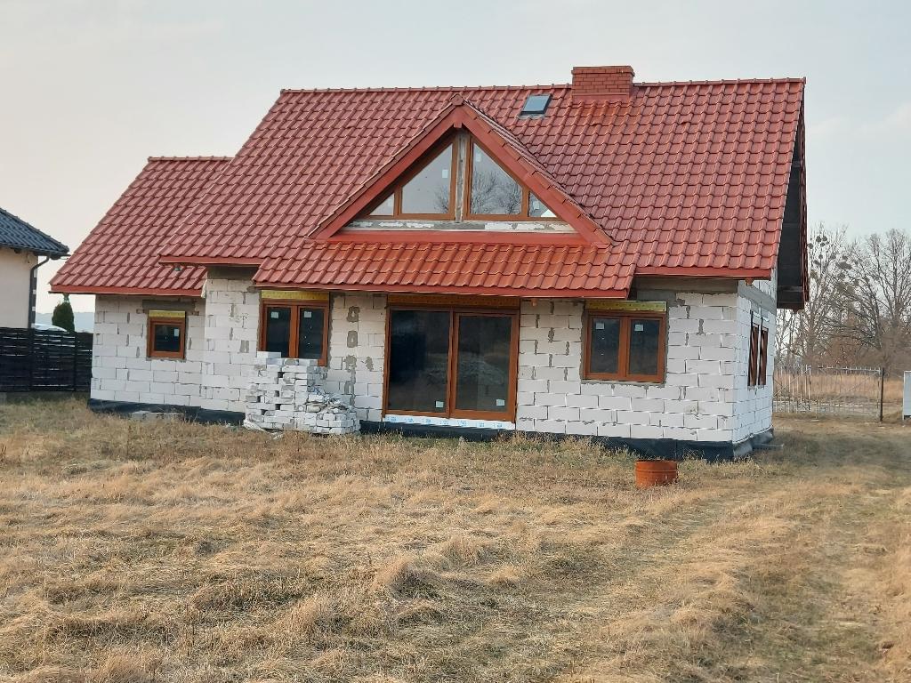 Dom wolnostojący w Łochowie