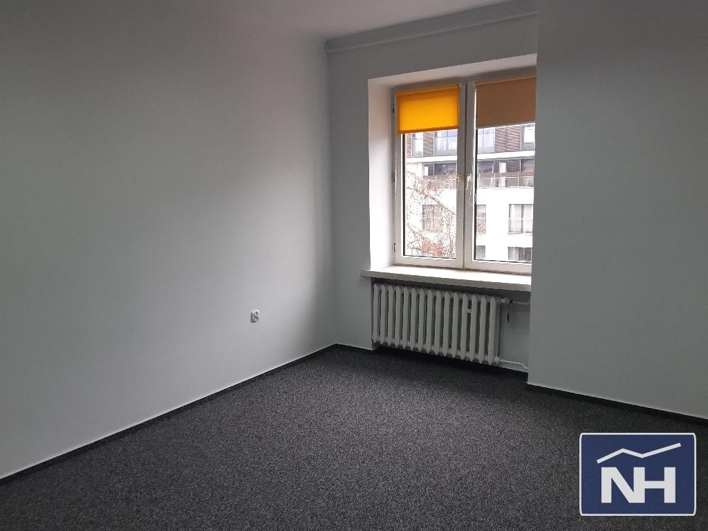Powierzchnia biurowa pod biuro/ kancelarię 18m2 w Śródmieściu.